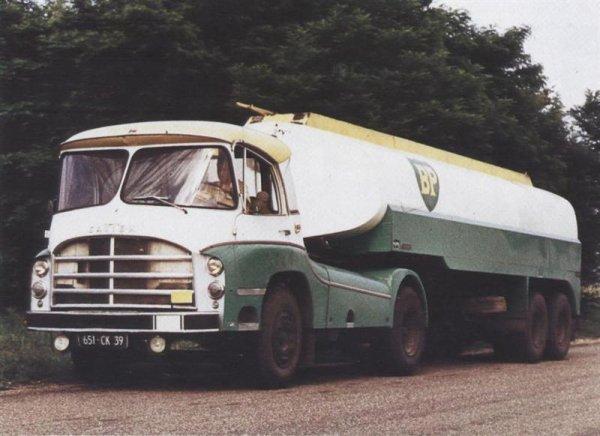 camions d 39 autrefois camions passion 2. Black Bedroom Furniture Sets. Home Design Ideas