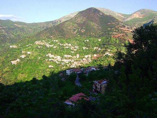 belle vue , On domine la Kabylie (village lemssela illoula umallu ) ♥