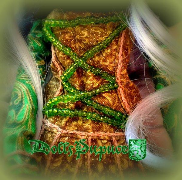 Nouvelle création: Une robe en vert