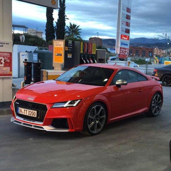 Les Audi R8 Spyder et TT RS
