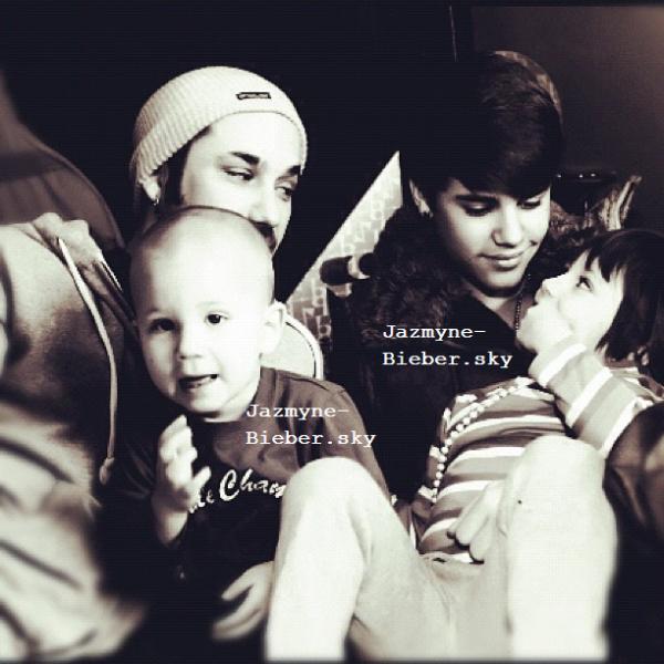 Justin Bieber et sa famille <3