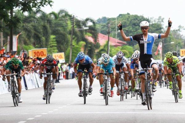 Tour de Langkawi 2013 (1ere étape) : Theo Bos s'impose devant le français Coquard...