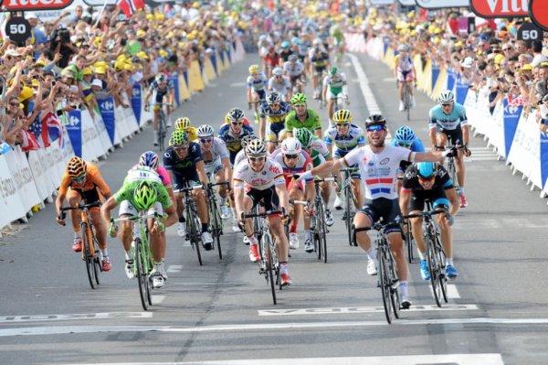 Tour de France 2013 (5eme étape Cagnes-sur-Mer / Marseille) : Cavendish arrive à bon port, Van Den Broeck Chute...