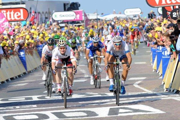 Tour de France 2013 (10ème étape Saint Gildas des Bois / Saint Malo) : Marcel Kittel s'adjuge sa 2ème victoire d'étape, Mark Cavendish provoque une chute...