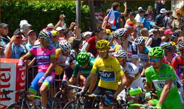 Tour de France 2013 (Photos du départ Vaison-la-Romaine) : ligne de départ avec Christopher Froome et Peter Sagan