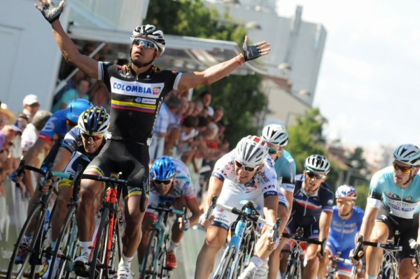 Tour de l'Ain 2013 (1ere étape) : Léonardo Duque vainqueur à Bourg en Bresse...