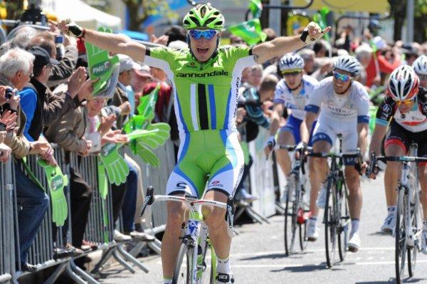 Tour de Grande-Bretagne 2013 (1ere étape) : Viviani devance Petacchi et Ciolek au sprint...
