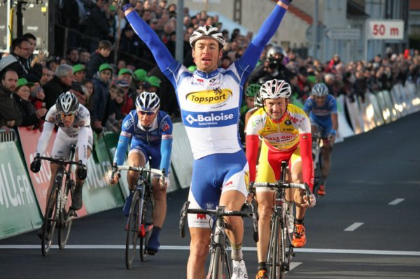 Cholet-Pays de Loire 2014 : Tom Van Asbroeck devant Delfosse et Turgot