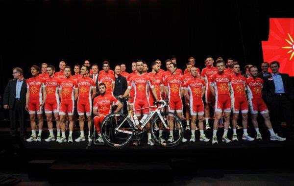 Présentation équipe Cofidis 2015 (D2) au Vélodrome de Roubaix (59)