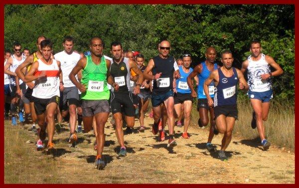 Départ 12e edition foulees des garrigues Mejannes le Clap 2015, Adil EL HADAFE deja aux avant postes