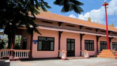 Thuy Tu Temple and Whale museum