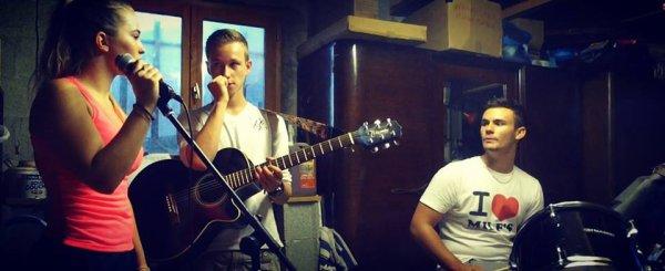 Passion, musique, concert, répète, ma vie au quotidien.