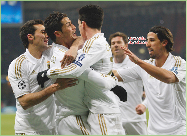 _________________Parlons du match qui à lieu le 21/02 (CSKA Moscou - Real Madrid)  , Mardi 21 Février ! _________________________  1 - 1 Certe, dont un but de Cristiano ↓