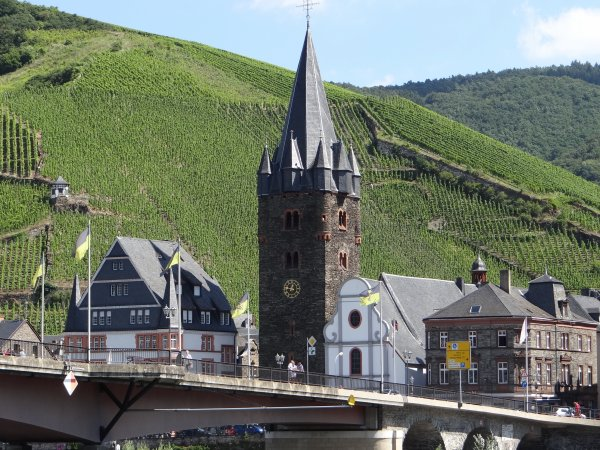 Bernkastel Kues, moselle cote allemand
