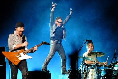 U2//360 TOUR//2010 VIENNE ERNST HAPPEL STADIUM 30 AOUT 2010