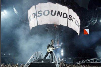 U2//360° TOUR//2010 BRUXELLES STADE DU ROI BAUDOUIN 22 SEPTEMBRE 2010