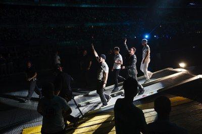 U2//NEWS