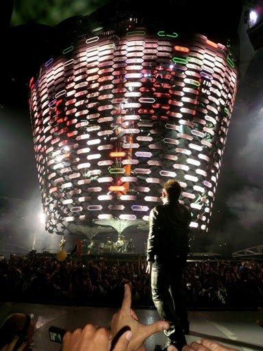 U2//360° TOUR//2011 SAO PAULO ESTADIO DO MORUMBI 10 AVRIL 2011