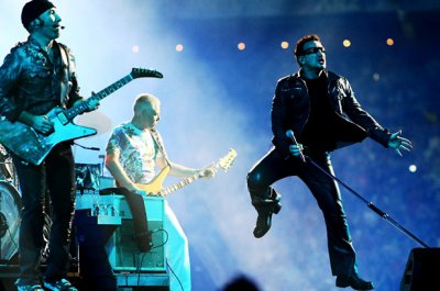 U2//BILLBOARD TOURING AWARD//NEW YORK//2011