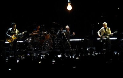 U2//INNOCENCE+EXPERIENCE TOUR//2015 VANCOUVER ROGERS ARENA 14 MAI 2015
