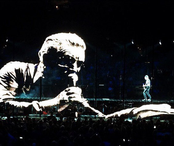 U2/INNOCENCE+EXPERIENCE TOUR/2015 PHOENIX US AIRWAYS CENTER 22 MAI 2015