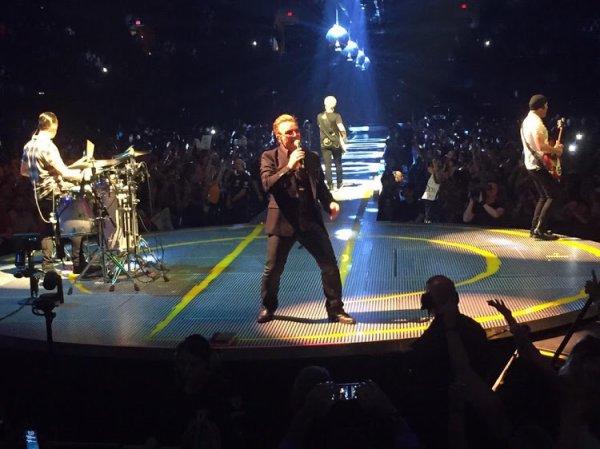 U2/INNOCENCE+EXPERIENCE TOUR/2015 PHOENIX US AIRWAYS CENTER 23 MAI 2015