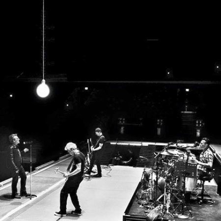 U2//2016