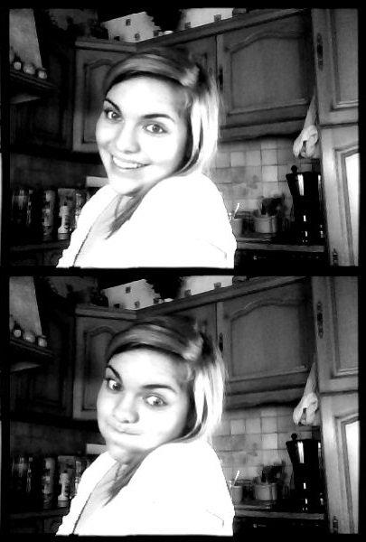 Sourie à la vie ; Et la vie te sourira. : D