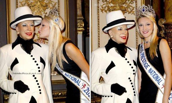 29.03.12 → Christelle était au Musée Grévin à Paris.