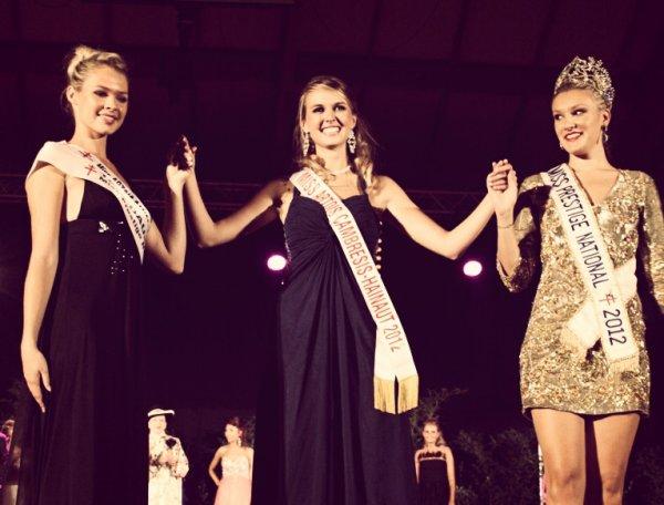 30.09.12 → Christelle était à l'élection de Miss Artois-Cambrésis-Hainaut qui est Candice Caron.