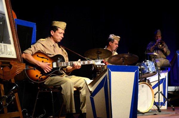 Glenn's Swing Orchestra 1/2
