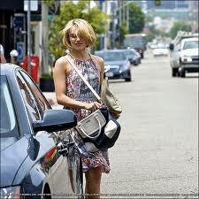 Dianna Agrone l'interprète de Quinn dans Glee ces couper les cheveux